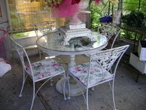 woodard vintage patio set in Naperville, Illinois