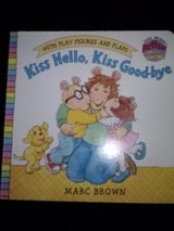 Arthur - Kiss Hello, Kiss Good-bye lift the flap book with play figures in Camp Lejeune, North Carolina
