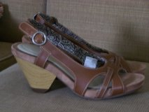 Size 9 Advanced Comfort Heel...Cute! in Camp Lejeune, North Carolina